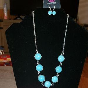 Paparazzi Blue crackle rock necklace